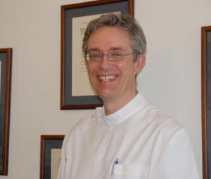 Dr. Martin Jest